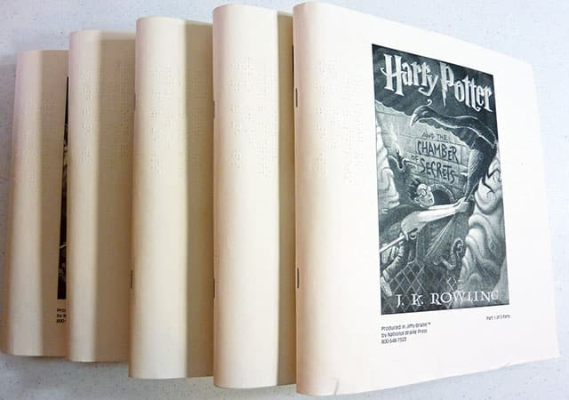 harry-potter-chamber-of-secrets-braille-book