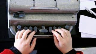 braille-typewriter-brailler